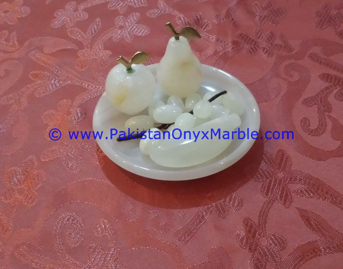 Onyx fruits Plates Dishes Trays With Fruits Apple  Grapes Pear  Banana-09 & onyx fruits plates trays dishes bowls onyx apple pear grapes banana ...