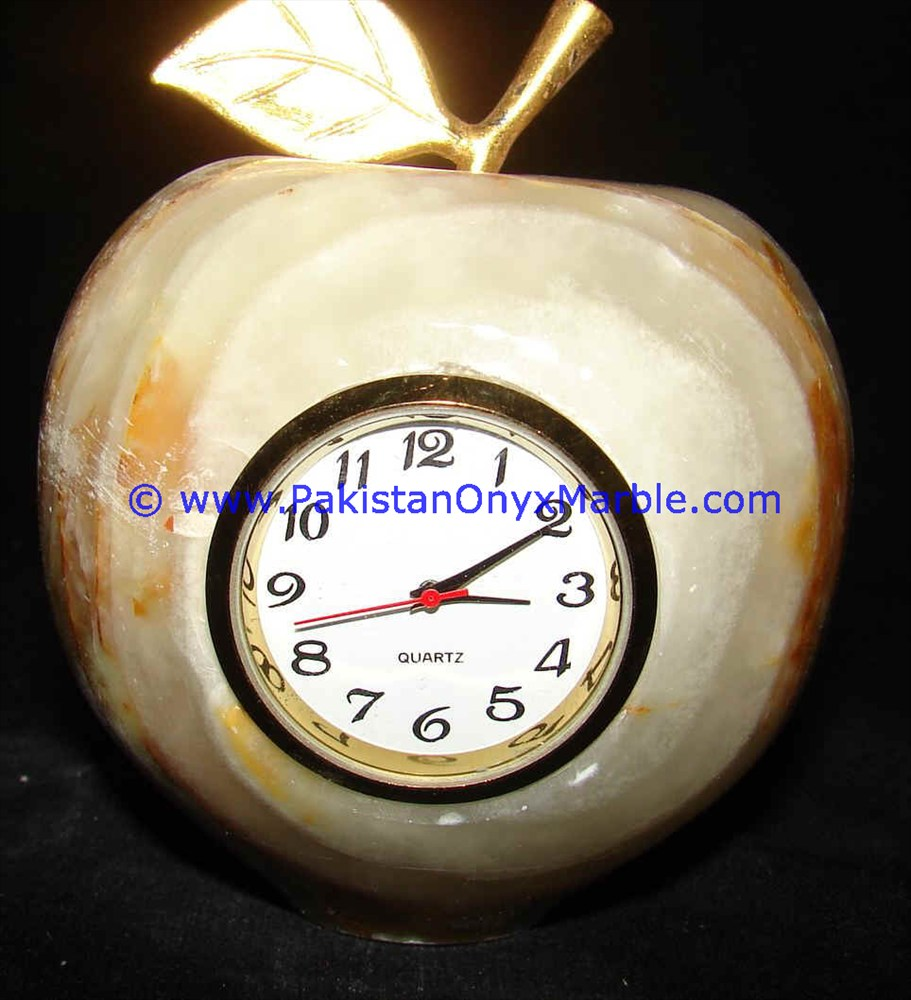 Hand Crafted Onyx Marble Apple Shaped Natural Stone Home /& Office Décor